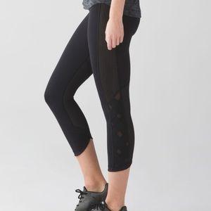 Lululemon black Var-City Luxtreme crop leggings 4